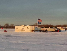 Zupko's Guided Ice House Rentals: Ice House Rentals in Sauk Centre. Call today - (320) 630-5526